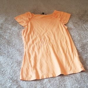 T-shirt with cute sleeves